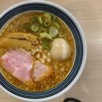 まるぎん商店 - 豚骨醤油ラーメン