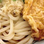 丸亀製麺 - 醤油ぶっかけうどん とり天