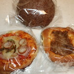 東洋堂 - 料理写真:パン3種