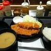 松のや - 料理写真:ロース、ささみ定食