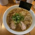 147600824 - 醤油ワンタン麺¥1050