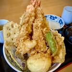 天丼久助 - 特上天丼 プリップリの海老が2匹(o^^o)