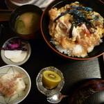 そばの庄 こまき屋 - 天ぷら卵とじ丼