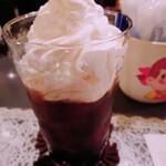 147615933 - アイスカフェオレ (¥500)。                       ホイップたっぷり。