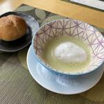 シェ・キノ - スープと自家製パン