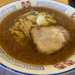 アリーナ食堂 - 料理写真:醤油ラーメン