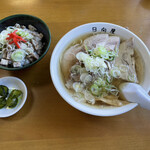 147619725 - チャーシュー麺+チャーシュー麺