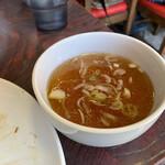 酔来軒 - 焼きソバの中華スープ