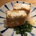 147632431 - 揚げたて大桃豆腐の厚揚げ