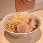 陸 - 麺