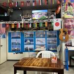 栄福食堂 - お店の中は独特な世界観