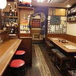 居酒屋 入舟 - 店内の様子(その1)