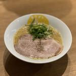 147666552 - 鶏白湯らーめん 醤油 780円