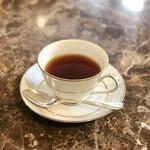 ラ・テラス - お茶も好きなだけ