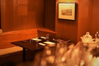 リストランテ カルド - 落ち着いた雰囲気で、お食事をお楽しみ頂けます。