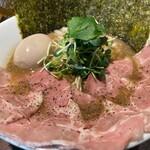 麺屋 ねむ瑠 - 濃厚 烏賊煮干 具だくさん特製 醤油アップ