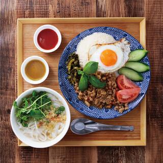 BBQ33アジアン食堂☆