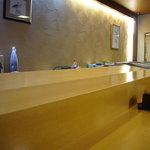 すしの清流 - 料理写真:カウンター席(約10席)