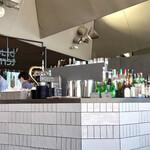 cafe&dining blue terminal - 内       観