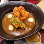 147718189 - 豊橋カレーうどん カキフライ2個 カレースープに絡めて食べるカキフライ、美味しいです✨