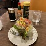喫茶リッチ - ミニサラダ(税別250円)