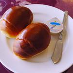 パッサージュ・ドール - ランチの魚料理付属のパン(ライスも選択可)