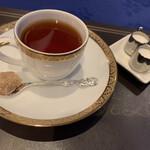 美女と野獣のカフェ・レストラン ビューティー&ザ ビースト - 2021/3/8 ランチで利用。 紅茶