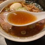 147742519 - 煮干し香る清湯スープ
