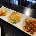 石鍋料理 健 - 令和2年11月 ランチタイム 前菜二種+漬物