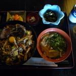 伊豆の佐太郎 - 料理写真:紅葉丼(1,300円)