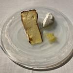 147764710 - バスクチーズケーキ