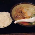 銀座 IN 沖縄 いいあんべぇ - 見切れちゃいましたが、ご飯にあぶら味噌