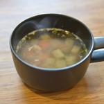 石窯ピザ&ダイニング LIBEROcafe - 遅れてやってきたスープ