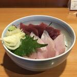 魚河岸三代目 千秋 - 本日のおすすめ丼