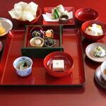 鉢の木 - 精進料理 松 (季節により内容は異なります)