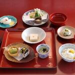 鉢の木 - 精進料理 桂 (季節により内容は異なります)
