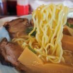 秀楽 - 上チャーシューメン(麺)