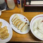 147796899 - 揚餃子+焼餃子+水餃子