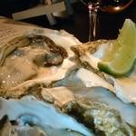 ジャズバー ストレイ ブルー ジャズ クラブ - ボージョレーヌーボーと牡蠣フェスタの時の写真