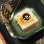 黒豚しゃぶしゃぶ銀座 羅豚 - ごま豆腐