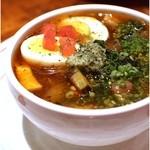 吉柳 - スープカレーのチキン
