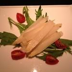 アルケミスト - 白アスパラのサラダ