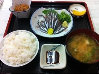 源蔵本店 - 刺身定食