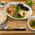 旬菜和洋 Koharu亭 - チキン南蛮セット
