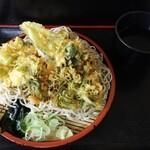峠そば - 野菜天盛り蕎麦(大盛)