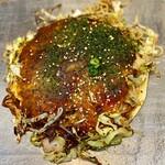 五エ門 - 料理写真:肉玉そば