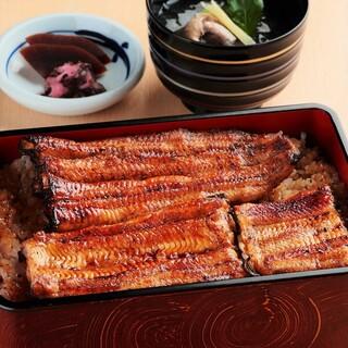 江戸川 - うな重『松』(鰻蒲焼1尾+1/4尾)