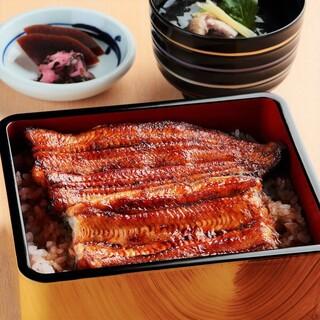 江戸川 - うな重『竹』(鰻蒲焼1尾)