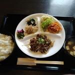 キッチン ぐぅー - 料理写真:焼き肉ランチ