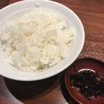 麺道 而今 総本家 - ライス160円